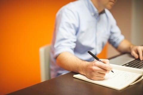 geld verdienen naast je baan met artikelen schrijven