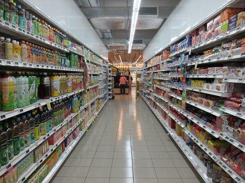 rijk worden door zuinig te leven supermarkt